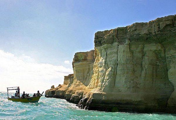 سواحل پزتگاهی