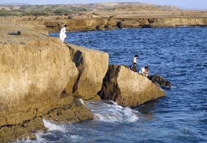 امواج و فرسایش ساحل